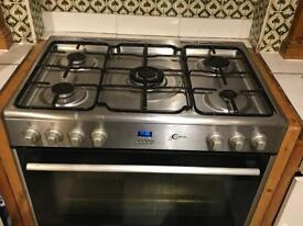 Gas cooker currently Lpg but can be NG