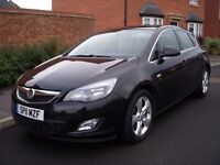 2011 11 VAUXHALL ASTRA SRI 1.7 CDTI 108 BLACK ONLY £30 ROAD TAX FOR YEAR FRONT REAR PARKING SENSORS