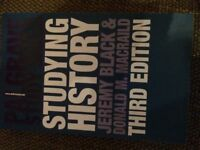 STUDYING HISTORY PALGRAVE STUDY SKILLS BOOK