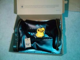 "£75 Dr. Martens boots ""1914"" smooth black 5 UK 38 EUR New in original box Unworn Two sets of laces"