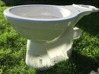 ALTO Toilet and cistern - 6/4 litre dual flush.