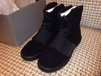 New Adidas yeezy 750 boost black Trainers TOP QUALITY