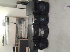 Philips stereo system . excellent condition.