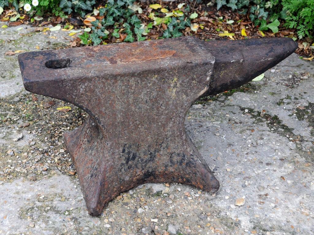 Old Iron Blacksmiths Anvil 65cm long 30cm High Very Heavy