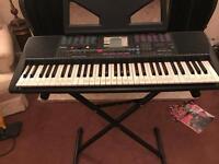 Yamaha keyboard psr 220 and stand