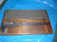 Vintage Vernier in original wooden box