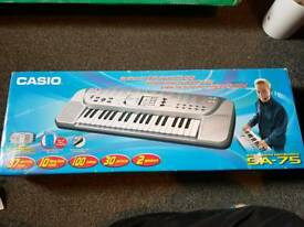 Casio sa75 electric keyboard