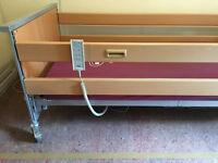 Invacare Medley Ergo Fully Adjustable Electric Homecare Medical Hospital Bed Used