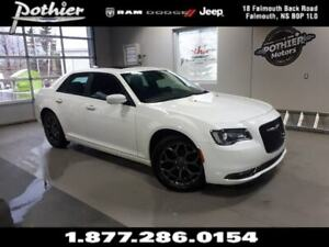 2018 Chrysler 300 S AWD | LEATHER | SUNROOF | REAR CAMERA |