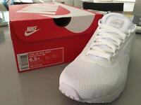 Nike air max zero essential trainers
