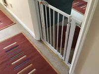 Stair gate by Clippa safe works well and can be seen in place £15