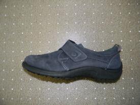 Brand NEW Nubuck Leather Shoes - Blue. SizeEU 38