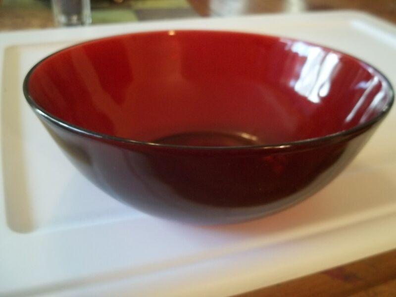 ANCHOR HOCKING  ROYAL  RUBY RED LARGE  SALAD FRUIT BOWL