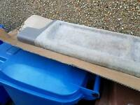 Volvo roller parcel shelf