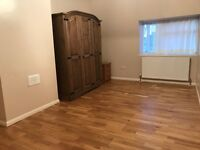 DOUBLE ROOM TO LET IN DARTFORD £500