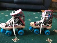 Mint condition girls Monster High skates size 34