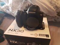 Samsung nx30 Mirrorless camera with lenses