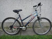 Raleigh Mantis bike 26 inch wheels 18 inch frame 18 gears front suspension and stand