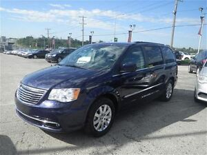 2015 Chrysler Town & Country Touring  Backup Camera  USB