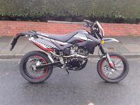 2015 lexmoto adrenaline 125cc supermoto , very low miles tidy bike