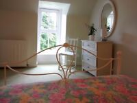 Large bright double room in spacious rural property 5 miles from Huntly, 8 miles from Keith