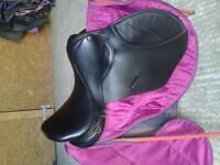 """black leather Ideal Grandee 17"""" medium GP saddle"""