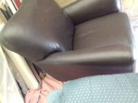 Comfy retro leather Armchair Shabby Chic FREE local Delivery