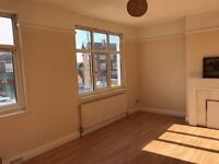 3 BEDROOM 1st FLOOR FLAT ROMFORD === PART DSS WELCOME === Rent £1350PCM