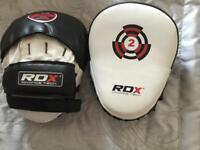 RDX T1 curved boxing pads