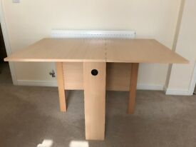 Gate-leg dining table