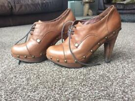 Leather shoes size 3