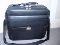 BAG ON WHEELS / LAPTOP BAG / BRIEFCASE ON WHEELS