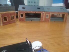 3 hornby railway buildings