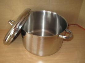 Jam making pan large. NOT for use on Induction hobs.