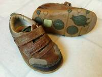 Clarks toddler/boy shoes size 4