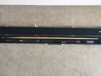 RONNIE O'SULLIVAN POOL/SNOOKER CUE WITH CASE