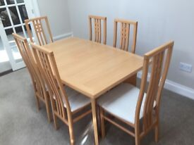 Dining table (extending) and 6 chairs in Scandinavian Solid Beech from Dansk