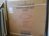 White shower tray 900x900. New in box