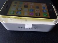 Iphone 5C 16GB Yellow - EE and Virgin network - Great Condition