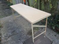 B & Q WALLPAPER PASTING TABLE - USED BUT GOOD CONDITION