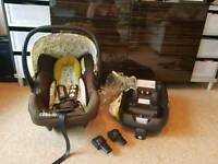 Cosatto Giggle 'Treet' Isofix base and first car seat