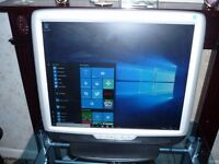 """Hann Star HU196 20"""" LCD PC Monitor with Stand and Built in Speakers"""