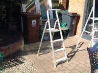 Aluminium Step ladder 4 steps with platform top step