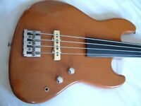 Fender Hybrid Precision/Jazz fretless active electric bass guitar - Circa 1979