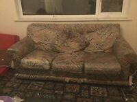 'Vintage' / Knackered sofa