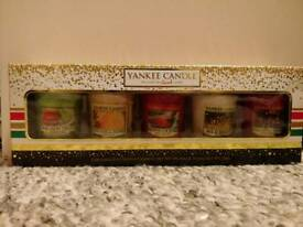 5 Festive Yankee Candles Set