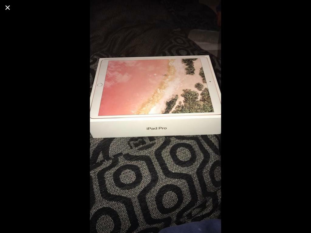 iPad Pro wifi+Cellular EE 2nd Generation 64GB Rose gold