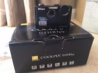 Nikon Coolpix S1100pj. Built-in Projector