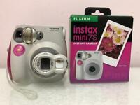 Fujifilm Instax Mini7s + selfie cap + batteries + 10films