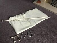 1 pair of net curtains with pole and accessories